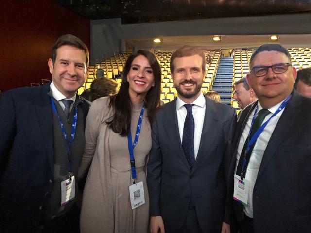 Aconauto Canarias presente en Congreso Faconauto I (1)